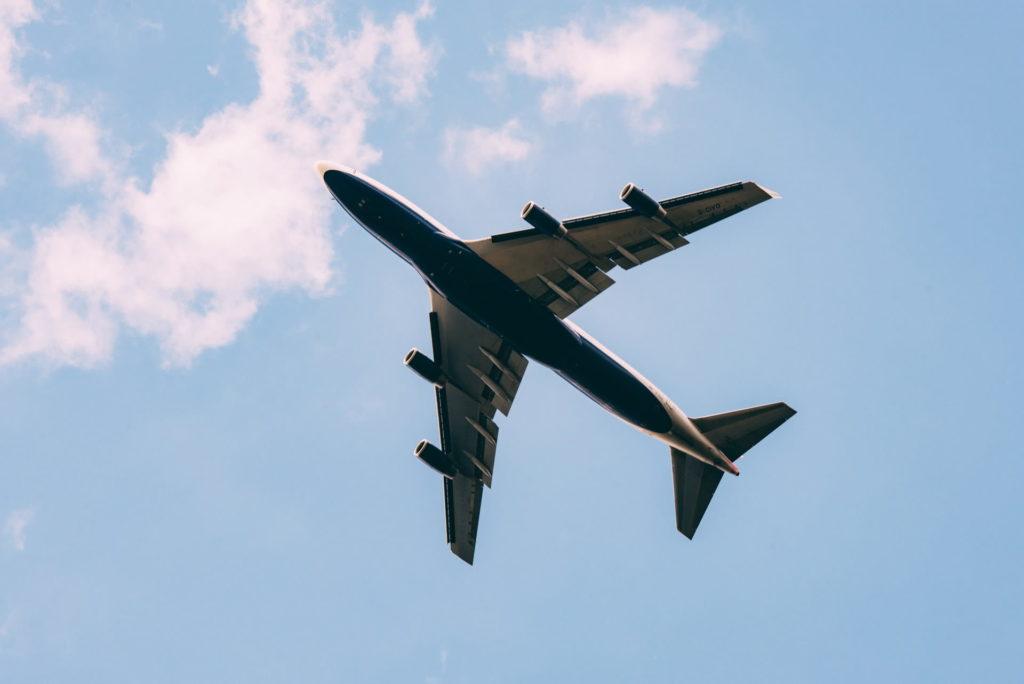 海外から帰国する人の裏事情