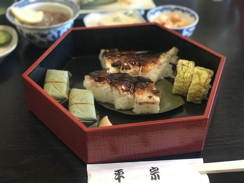 奈良のグルメ【柿の葉すし】以外のお寿司が食べれる【平宗吉野本店】とは!?